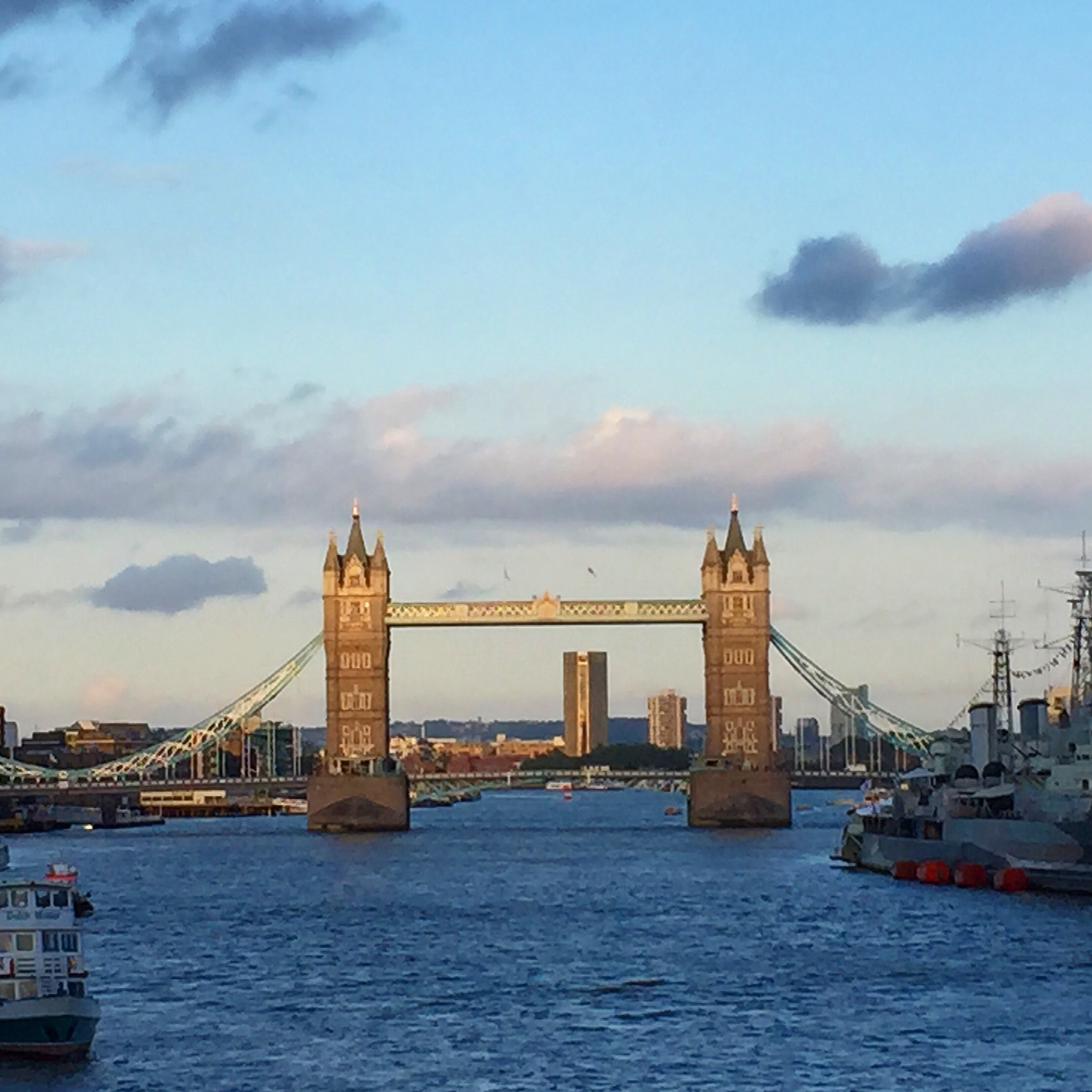 Thames Path: Step Through History in London